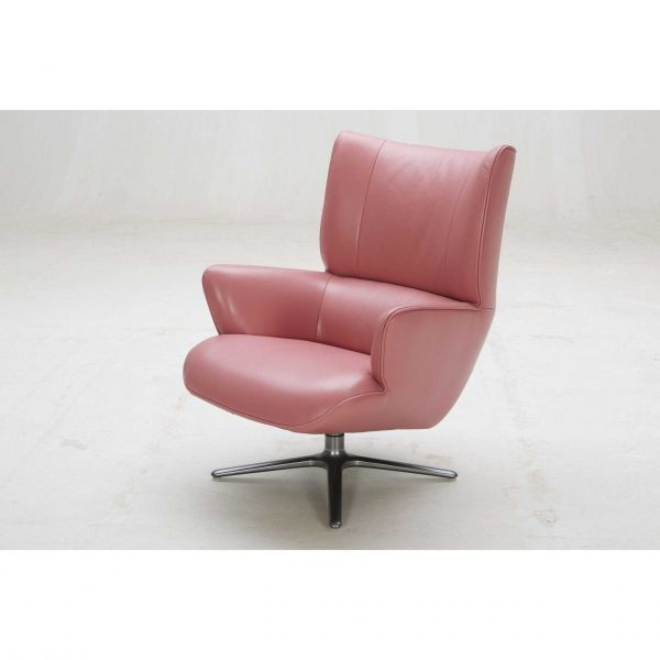 A1012 Lounge Chair Pink